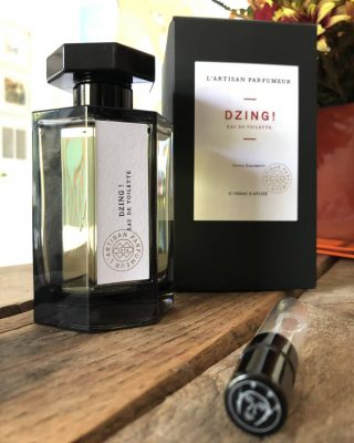 Dzing! by L'Artisan Parfumeur  Leather animalic, musky, with the soft niche touch of L'Artisan that doesn't overpower but stays long enough. Love or hate.  Dzing!is a Woody fragrance for women and men launched in 1999. The fragrance features leather, ginger, tonka bean, musk, white woods, caramel, saffron, toffee, candy apple and cotton candy.  #perfumesamples #shopdecants #perfumedecants  #perfumelover #menstyle #lshaman #lshamanparfumdecants #dzing! #lartisan  #lartisanparfumeur