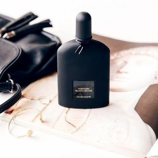 New arrivals!!  𝐁𝐥𝐚𝐜𝐤 𝐎𝐫𝐜𝐡𝐢𝐝 by 𝐓𝐨𝐦 𝐅𝐨𝐫𝐝  Mysterious and heavynoir velvet.A cahotic blend of exotic notes that results in a dark and sensual fragrance, perfect for cold night outs.  Black OrchidbyTom Fordis a Amber Floral fragrance for women launched in 2006.  👉 Top notes are Truffle, Gardenia, Black Currant, Ylang-Ylang, Jasmine, Bergamot, Mandarin Orange and Amalfi Lemon;  👉Middle notes are Orchid, Spices, Gardenia, Fruity Notes, Ylang-Ylang, Jasmine and Lotus;  👉Base notes are Mexican chocolate, Patchouli, Vanille, Incense, Amber, Sandalwood, Vetiver and White Musk.  Shop samples decants and discovery set at lshamanparfums.com 𝗙𝗥𝗘𝗘 𝗦𝗛𝗜𝗣𝗣𝗜𝗡𝗚 𝗢𝗡 𝗔𝗟𝗟 𝗨𝗦 𝗢𝗥𝗗𝗘𝗥𝗦  #blackorchid #tomFord #womenfragance #women #luxuryfragance #lumiereblanche #olfativestudio #scenteoftheday #lshaman #perfumesamples #shopdecants #decants #perfumedecants #sotd #perfumelover #fragrantica #fragrance #perfume #fragcomm #fragfam #iloveperfume #lshaman #samples #dicoveryset #decants #saledecants #freeshipping