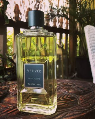 Green, fresh, bright, dry. Master perfumer Jean Paul Guerlain delivers an exquisite vetiver blend most suitable for mild/hot days.  Vetiver by Guerlain is a Woody Aromatic fragrance for men launched in 2000. Top notes are Tobacco, Bergamot, Lemon, Nutmeg, Neroli, Coriander and Mandarin Orange; middle notes are Vetiver, Pepper, Carnation, Sage, Orris Root and Sandalwood; base notes are Vetiver, Oakmoss, Leather, Myrrh, Civet, Tonka Bean and Amber.  Buy 1ml, 3ml and 5ml fragrance samples and discovery sets at lshamanparfums.com  #perfumesamples #shopdecants #perfumedecants  #lshaman #lshamanparfumdecants #guerlain #vetiver #vetiverguerlain #fragrance